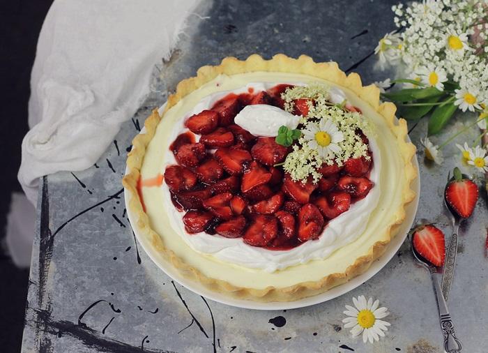 Tarta cu vanilie si capsuni