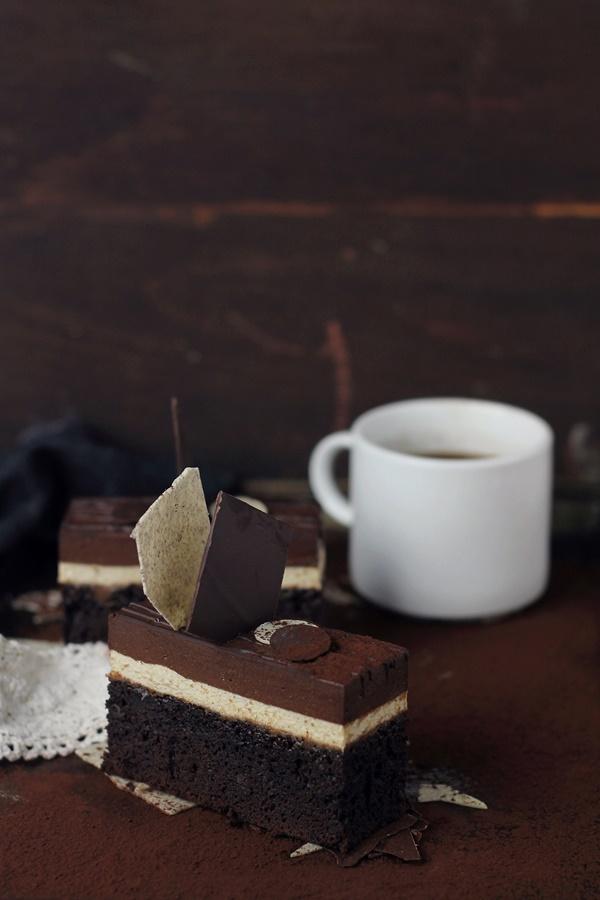 entremet cu ciocolata si cafea