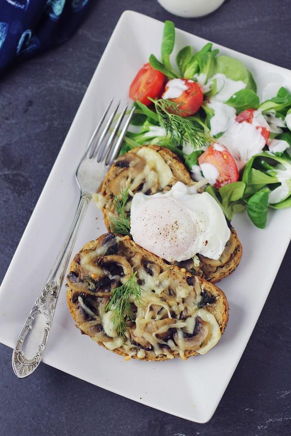 bruschete cu ciuperci